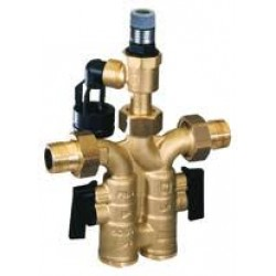 Drošības grupa Honeywell SG160S. Incorporate all the necessary safety devices such as non return valve, shutoff valves test point and diaphragm type safety valve in one unit. DN15, for hot water heaters up to 200 ltr. (xx : Ax-6Bar, Ax-8Bar, Ax-10Bar.)